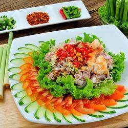 Пазл онлайн: Праздничный салат