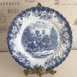 Пазл онлайн: Винтажная тарелка