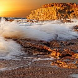 Пазл онлайн: Волны прибоя