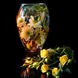 Пазл онлайн: Натюрморт с розами и хризантемами