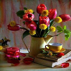 Пазл онлайн: Тюльпаны и одуванчики