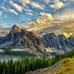 Пазл онлайн: Канада, Долина десяти пиков