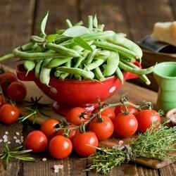 Пазл онлайн: Фасоль и помидоры