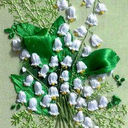 Пазл онлайн: Цветы из лент Ольги Швец