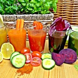 Пазл онлайн: Свежевыжатые соки из овощей