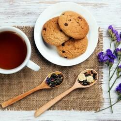 Пазл онлайн: Чай с печеньем