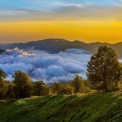 Пазл онлайн: Туман в горной долине