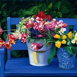 Пазл онлайн: Тюльпаны  на скамейке