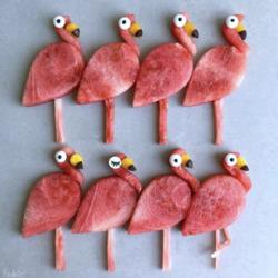 Пазл онлайн: Арбузные фламинго