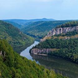 Пазл онлайн: Река между гор