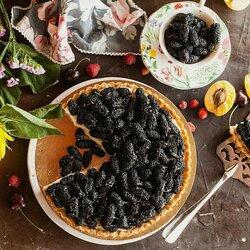 Пазл онлайн: Тортик из шелковицы