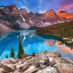 Пазл онлайн: Озеро Морейн