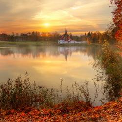 Пазл онлайн: Золотая осень в Гатчине
