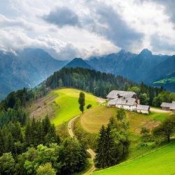 Пазл онлайн: Усадьба на горе
