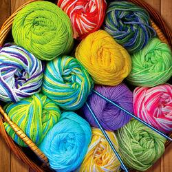 Пазл онлайн: Разноцветные клубки