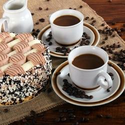 Пазл онлайн: Торт с кофе