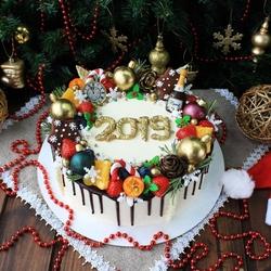 Пазл онлайн: Новогодний торт