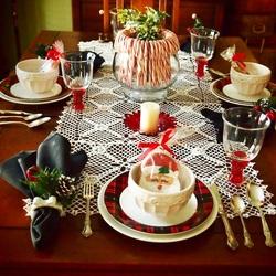 Пазл онлайн: Сервировка праздничного стола