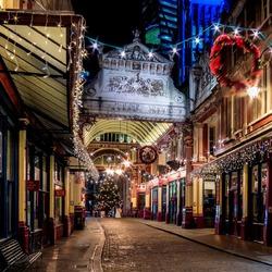 Пазл онлайн: Рождественский Лондон