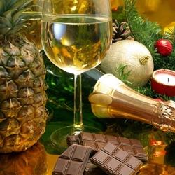 Пазл онлайн: Шампанское с ананасами