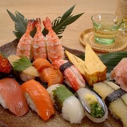 Пазл онлайн: Суши с белым вином