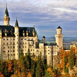 Пазл онлайн: Замок Нойшванштайн