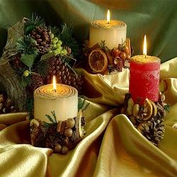 Пазл онлайн: Новогодние свечи
