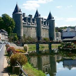 Пазл онлайн: Замок в городе Жослен. Франция