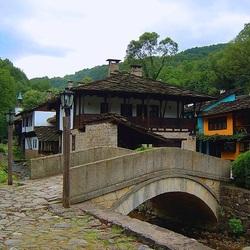 Пазл онлайн: Каменный мостик