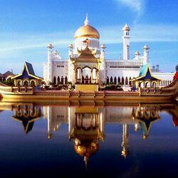Пазл онлайн: Мечеть имени Омара Али Сайфуддина