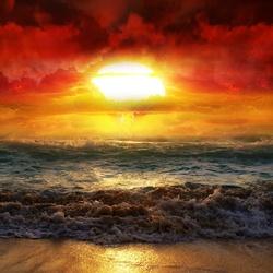 Пазл онлайн: Удивительный закат