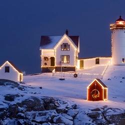 Пазл онлайн: Новогодний маяк
