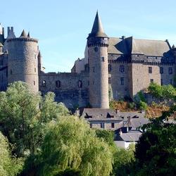 Пазл онлайн: Замок Витре. Франция