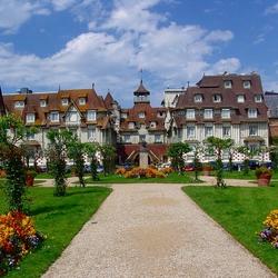 Пазл онлайн: Довиль. Франция