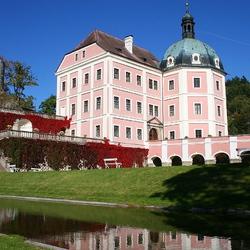 Пазл онлайн: Город Бечев. Чехия