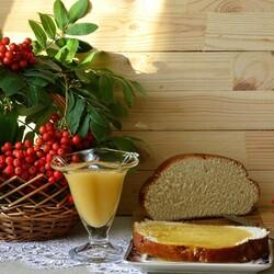 Пазл онлайн: Бутерброд с мёдом