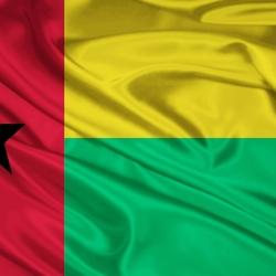 Пазл онлайн: Флаг Гвинеи-Бисау