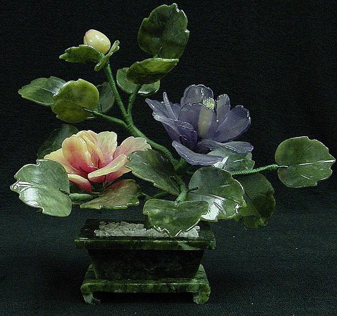Цветы из камней