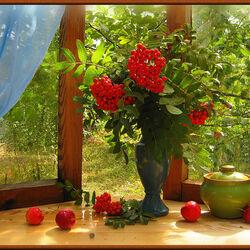 Пазл онлайн: Натюрморт на окне