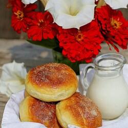 Пазл онлайн: Ереванские булочки с изюмом