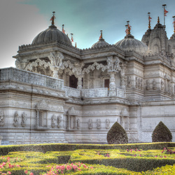 Пазл онлайн: Храм Шри Сваминараян Мандир, Лондон