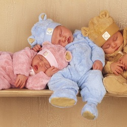 Пазл онлайн: Малыши-медвежата