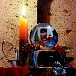 Пазл онлайн: Натюрморт со свечой и шаром