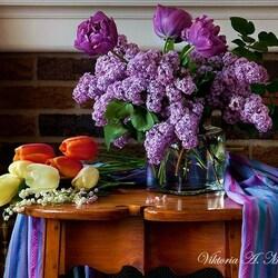 Пазл онлайн: Сиреневый май