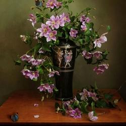 Пазл онлайн: Натюрморт с бабочками