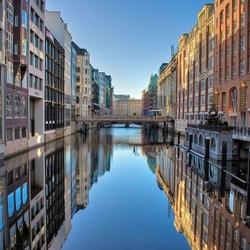 Пазл онлайн: Гамбург, район портовых складов