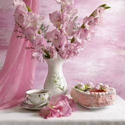 Пазл онлайн: Розовый натюрморт