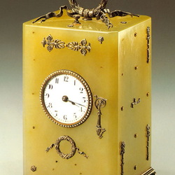 Пазл онлайн: Настольные часы
