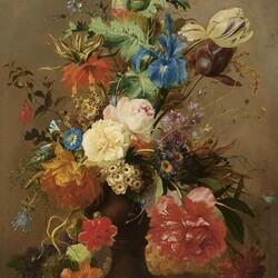 Пазл онлайн: Цветы в керамической вазе
