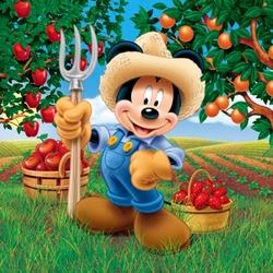 Пазл онлайн: Микки собирает урожай